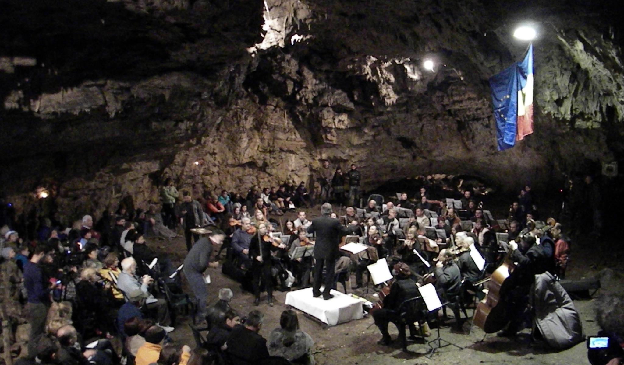 Concert Pestera Romanesti
