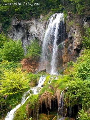 Cascada Carsa