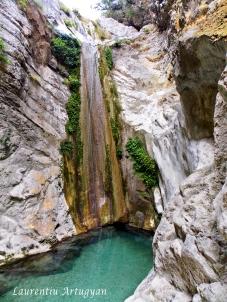 Cascada Nidri