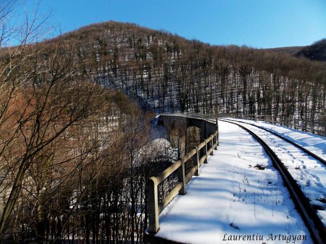 Viaductul Jitin iarna
