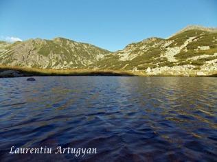 Lacul Pietrele - Muntii Retezat