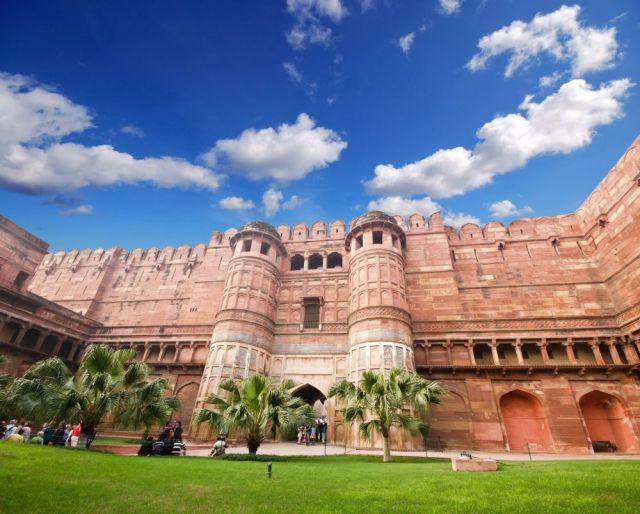 the-agra-fort-in-agra-in-uttar-pradesh-india