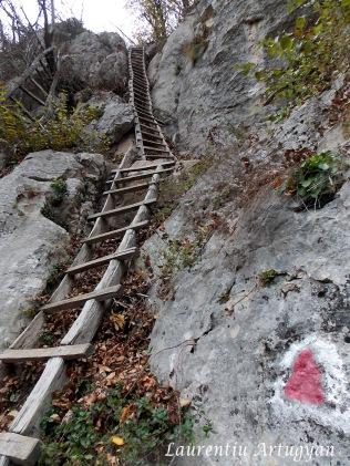 Pe scari spre Inelet