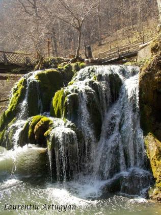 Cascada Bigar - aprilie