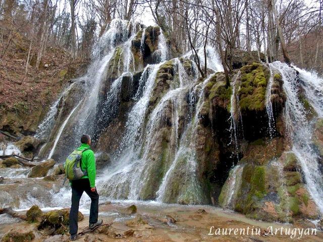 Laurentiu Artugyan Geoitinerariul cascadelor