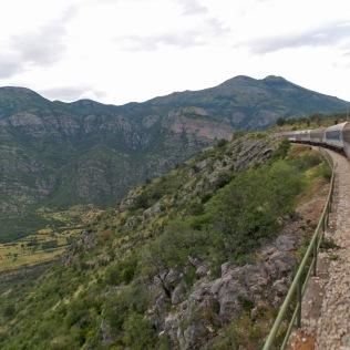 Cu trenul prin Balcani
