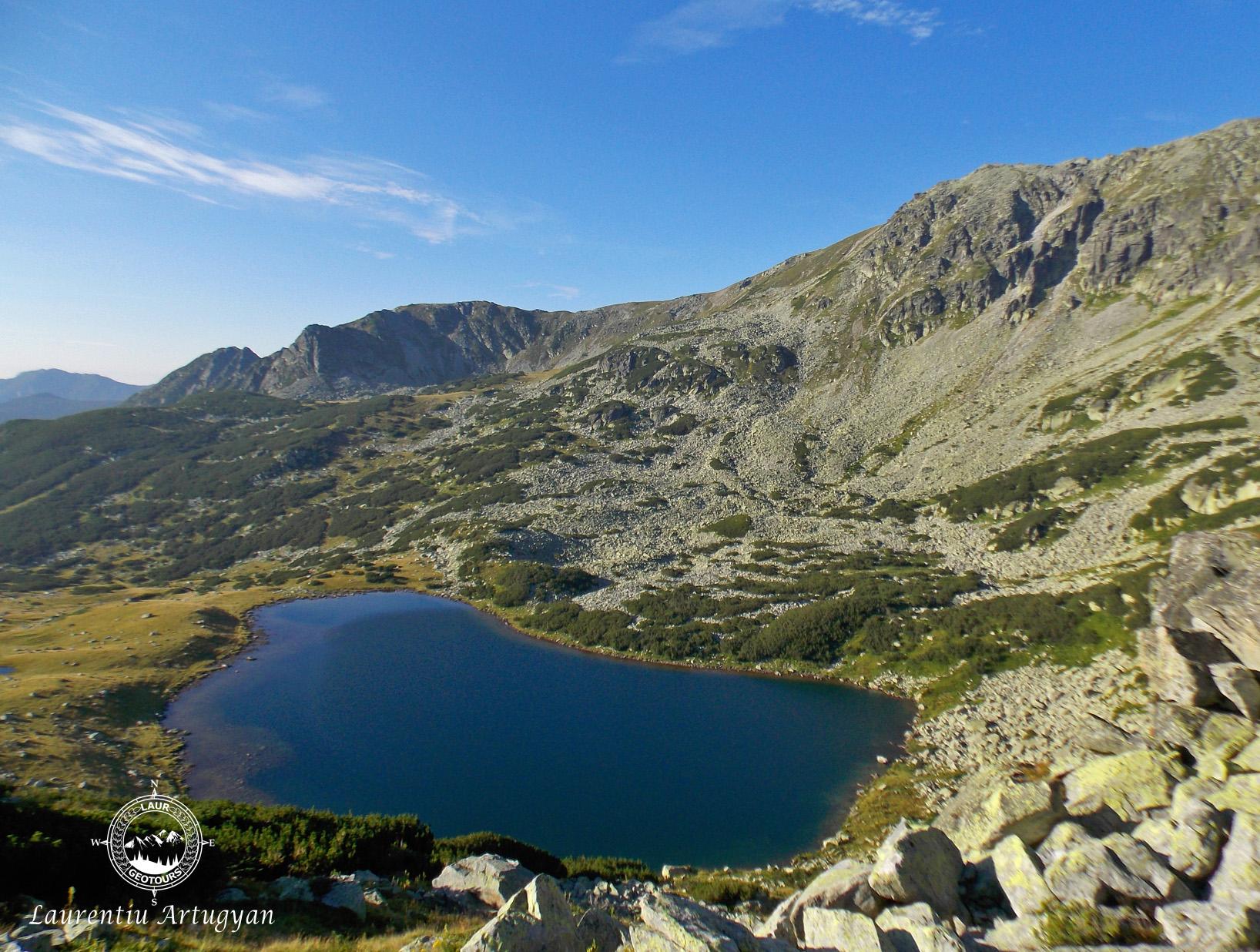 Lacul Ana Muntii Retezat
